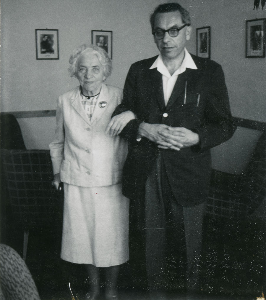 Erdos, mother & son